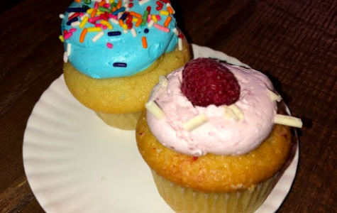 Echo Eats: Molly's Cupcakes is baking up business
