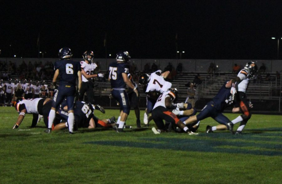 The+Neuqua+Valley+varsity+football+team+played+versus+DeKalb.+Neuqua+Valley+wins+with+the+score+of+34-30.%0A%0A